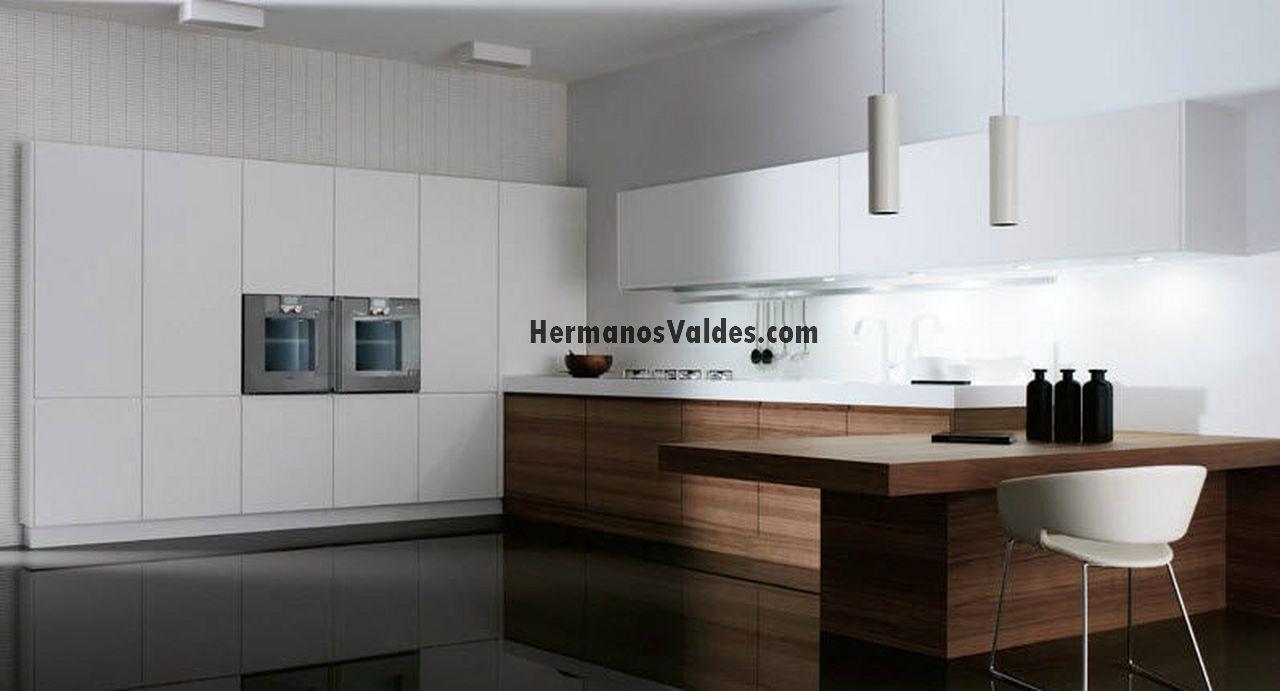 Muebles de cocina hermanos vald s armarios y - Cocinas color nogal ...