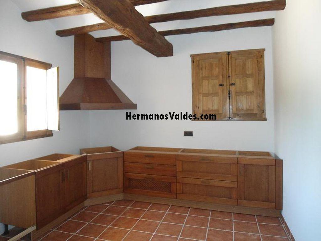 Muebles de cocina hermanos vald s armarios y - Puertas de cocina rusticas ...