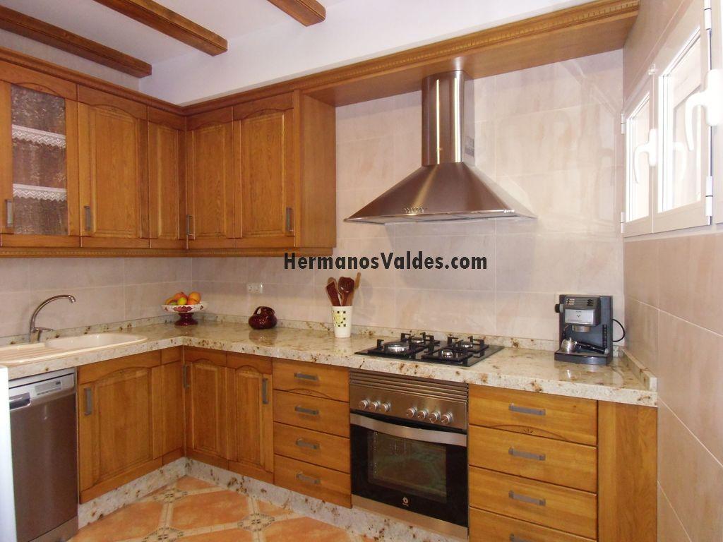 Muebles de Cocina  Cocinas Rústicas  Ref 3065  HERMANOS VALDES