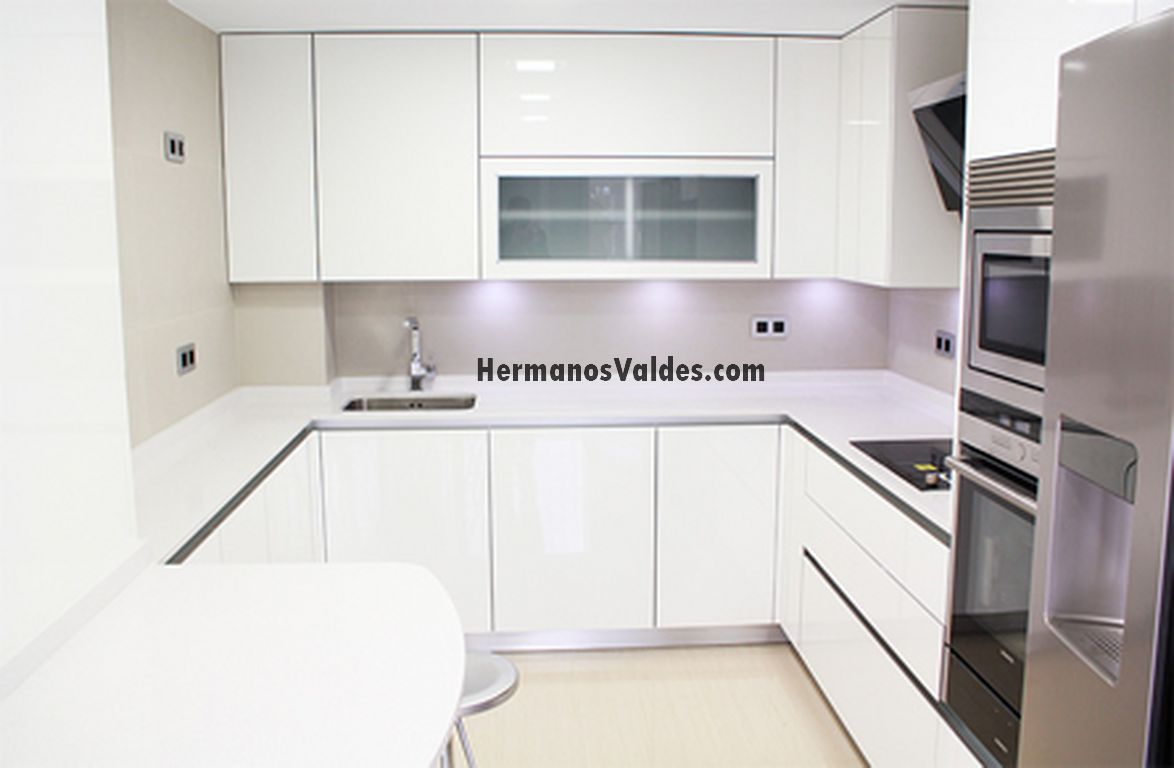 Productos muebles de cocina cocinas en kit ref 4195 for Armarios de cocina en kit
